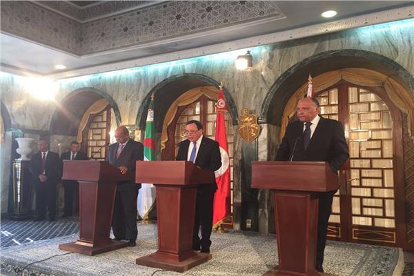 وزراء خارجية مصر و تونس و الجزائر يؤكدون رفضهم التام للتدخل الخارجي في شؤون ليبيا