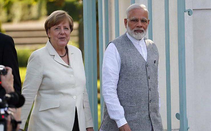 رئيس وزراء الهند يبحث مع المستشارة الألمانية العلاقات بين البلدين