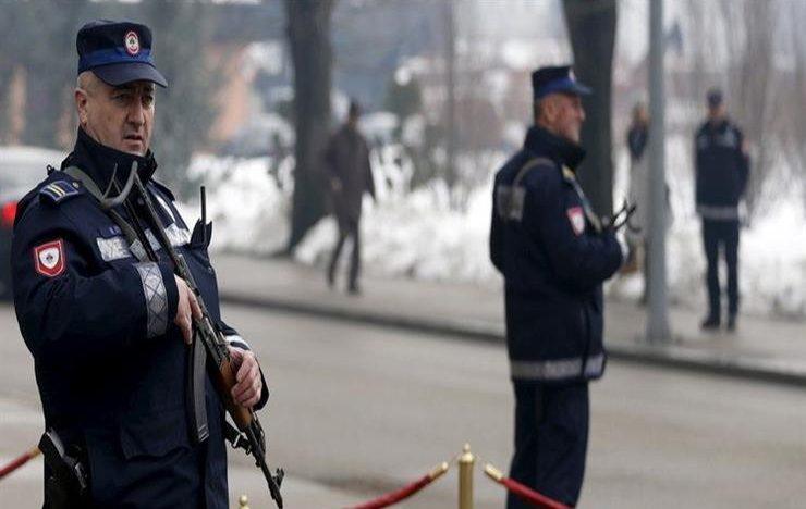 إصابة 3 ضباط شرطة وعشرات الأشخاص في أعمال شغب بمركز للمهاجرين في البوسنة