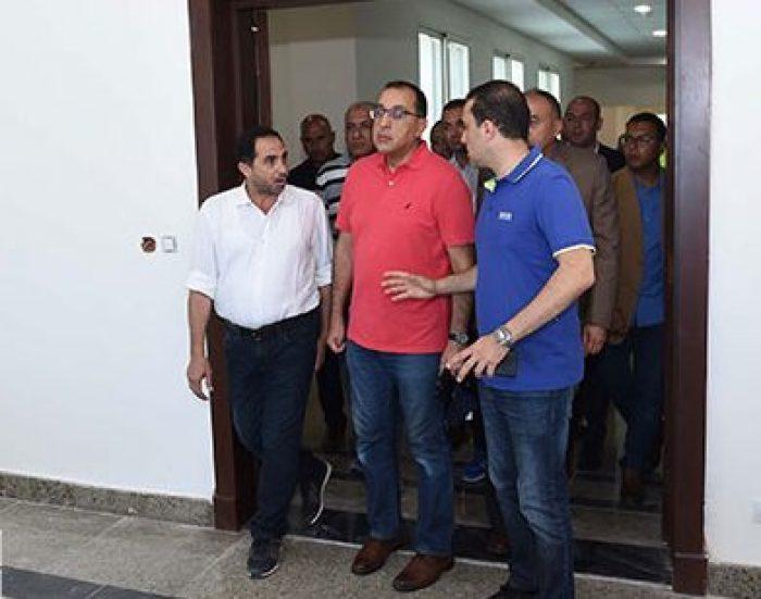 مصطفى مدبولى يتفقد مبنى مجلس الوزراء بالعلمين الجديدة