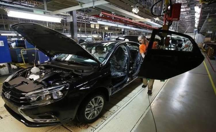 الحكومة الروسية تدعم السوق المحلية للسيارات اعتبارا من أول يوليو