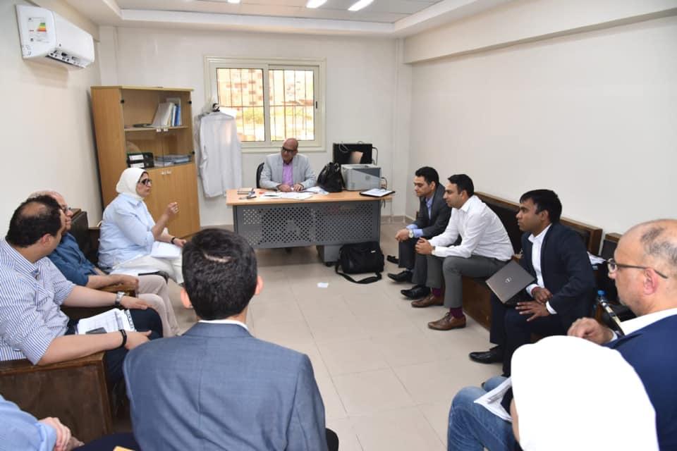 صور| وزيرة الصحة تلتقي شركة هندية لبحث تطبيق منظومة طب الأسرة في بورسعيد