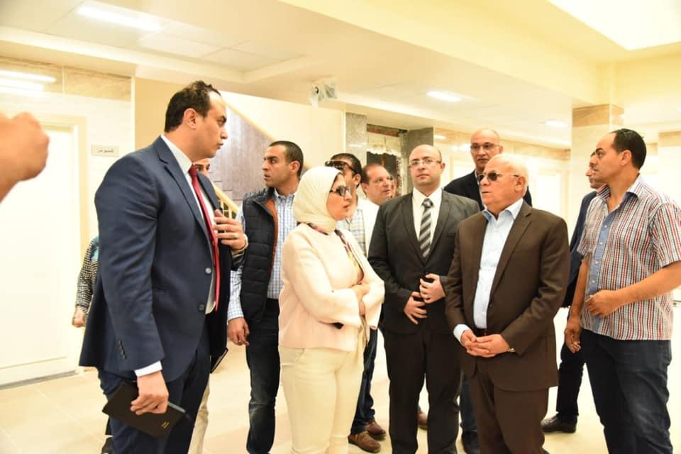 صور | وزيرة الصحة : التعاقد مع الفرق الطبية بالتأمين الصحي الجديد منتصف الشهر الجاري
