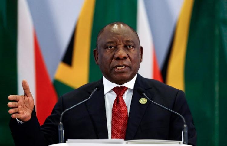 رئيس جنوب أفريقيا يعلن إعادة فتح حدود بلاده أول أكتوبر القادم