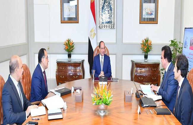 تطوير التعليم والاستعدادات للعام الدراسي الجديد يتصدران الصحف المصرية