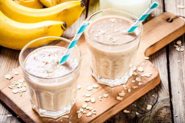الموز والشوفان وسيلة فعالة للتخلص من الانتفاخ