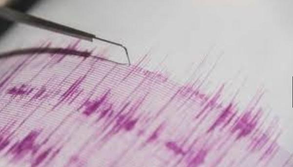"""زلزال بقوة 5.2 ريختر يضرب جزيرة """"كريت"""" اليونانية"""