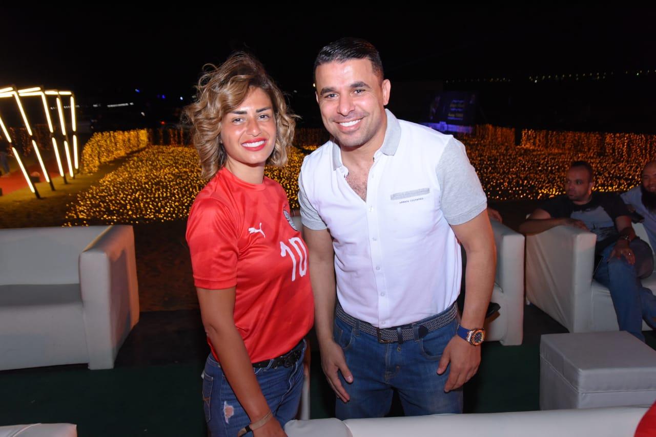 صور| نجوم الفن والرياضة يحتفلون بفوز مصر فى أستاد ديونز بـ الشيخ زايد