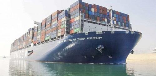 عبور 56 سفينة المجرى الملاحي لقناة السويس بحمولات 3.5 مليون طن