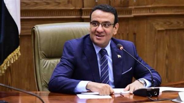 البرلمان يشيد بتفاعل الرئيس السيسى مع شباب جلسة محاكاة الحكومة