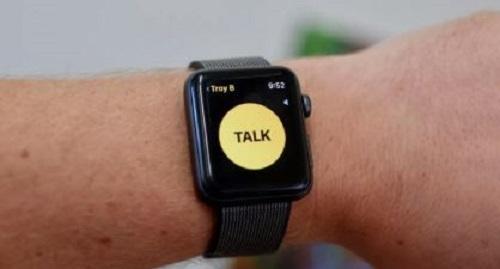 """""""أبل"""" تجمد تطبيق """"Walkie Talkie"""" بساعتها الذكية والسبب ثغرة"""