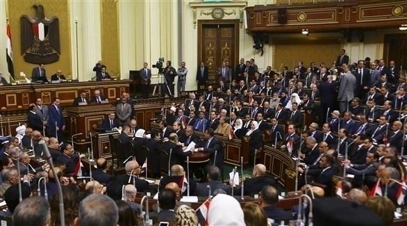 البرلمان يوافق على مد الطوارئ 3 أشهر في مختلف أنحاء البلاد
