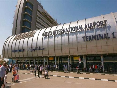 جمارك مطار القاهرة تحبط محاولتي تهريب كمية من الأدوية البيطرية