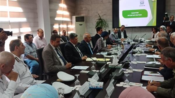 صور | وزيرا البيئة والنقل يشهدان الخطة التنفيذية لمواجهة نوبات تلوث البيئة