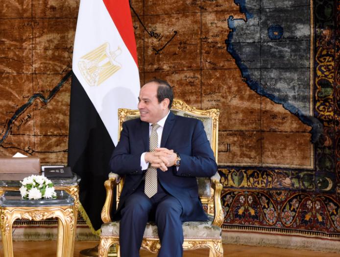 قرار جمهوري بالسماح لدبلوماسي بالزواج من سورية