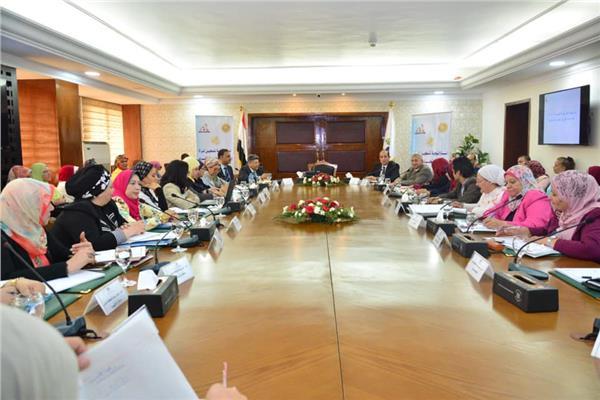 التنمية المحلية تعقد اجتماعاً مع رؤساء وحدات تكافؤ الفرص بالمحافظات