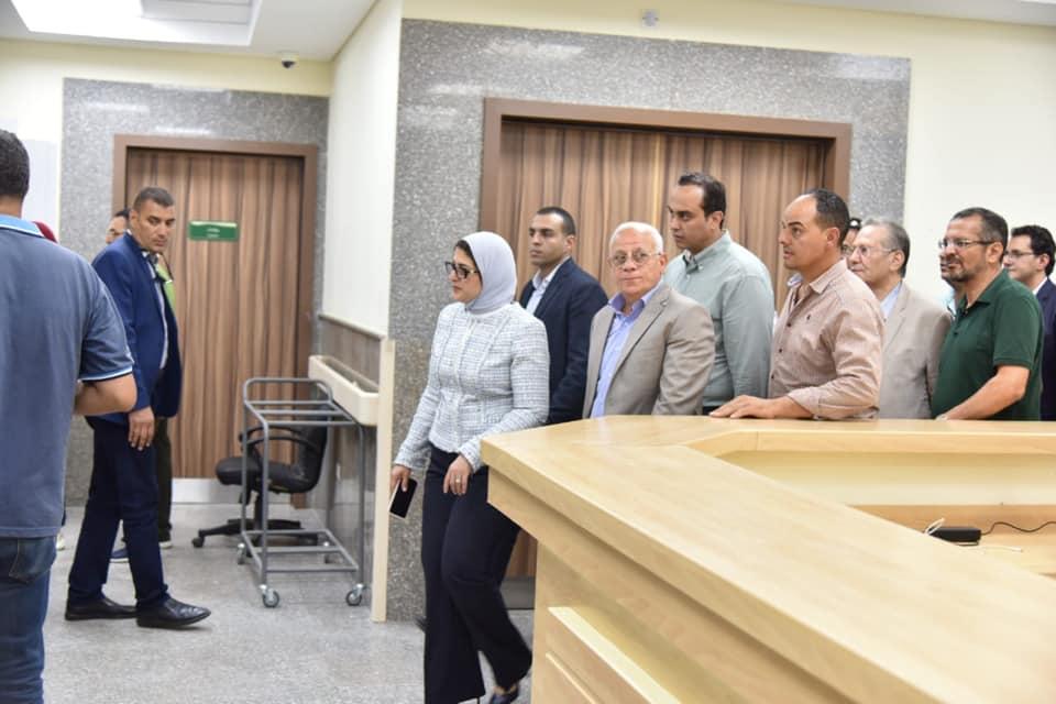 وزيرة الصحة تتفقد مستشفى الحياة بورفؤاد وتشدد على توفير سبل الراحة للمرضى