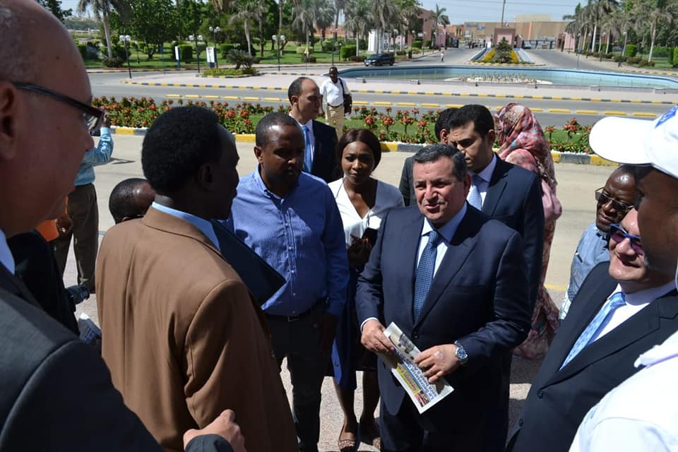 صور| وفد من رؤساء التحرير والإعلاميين الأفارقة يزور مدينة الإنتاج الإعلامي
