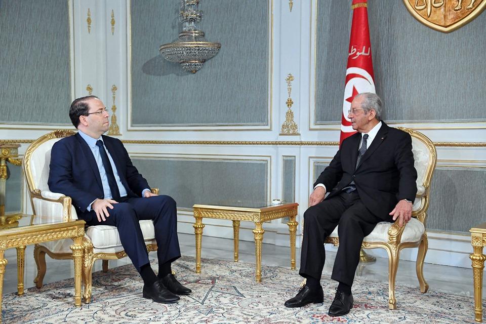 الرئيس التونسي المؤقت يستعرض جاهزية الحكومة لإنجاح الانتخابات القادمة