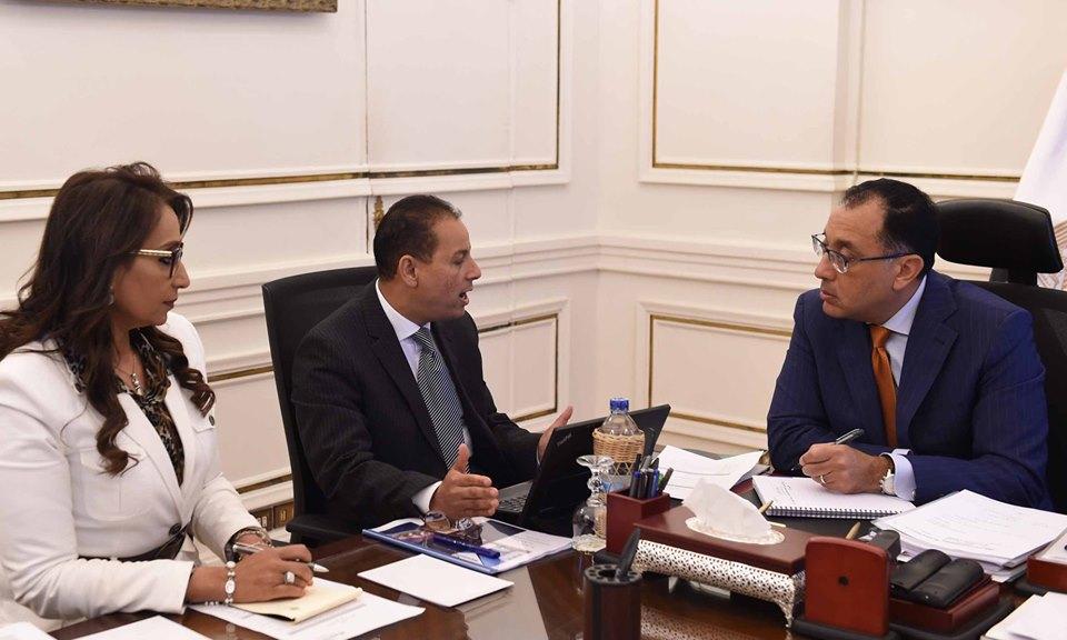 رئيس الوزراء يثمن جهود هيئة الرقابة في تنظيم الأنشطة المالية غير المصرفية