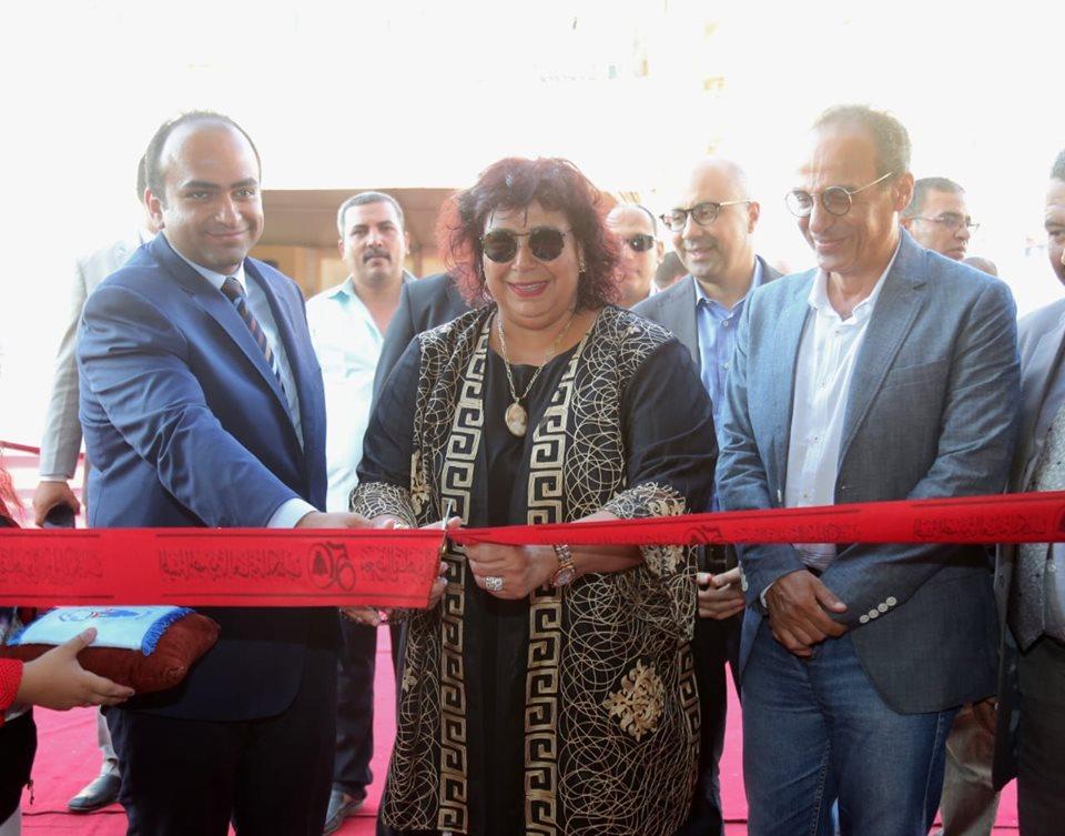 صور   وزير الثقافة تطلق فعاليات معرض الاسكندرية الصيفى الاول للكتاب