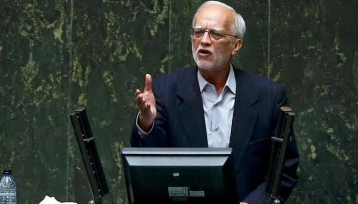 أقدم برلماني إيراني يهاجم خامنئي: تتدخلون بحياتنا الخاصة