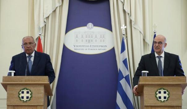 وزير الخارجية اليوناني : تنقيب تركيا عن النفط والغاز قبالة قبرص يهدد أمن المنطقة