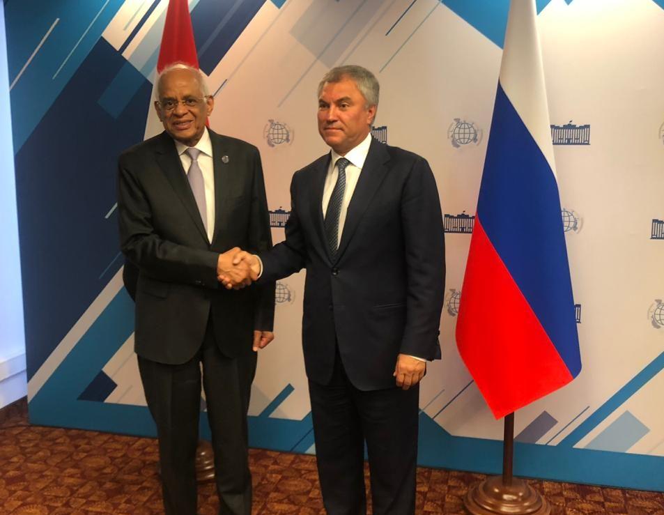 عبد العال يبحث مع رئيس مجلس الدوما الروسي سبل تعميق التعاون المشترك
