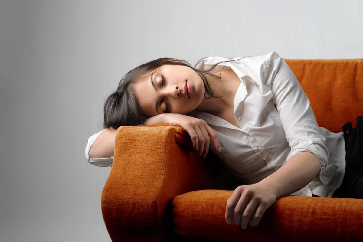تعرف على علامات خفية لنقص الفيتامينات الحيوي في الجسم