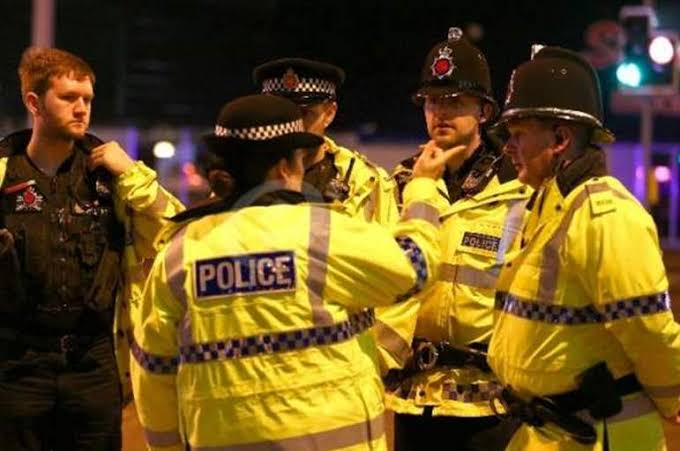 الشرطة البريطانية تحذر الإعلام بشأن برقيات دبلوماسية مسربة يثير الغضب