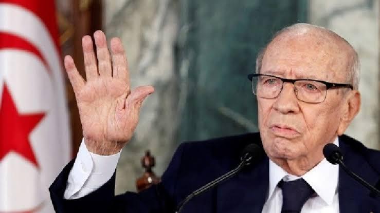 دول عربية تنعي الرئيس التونسي
