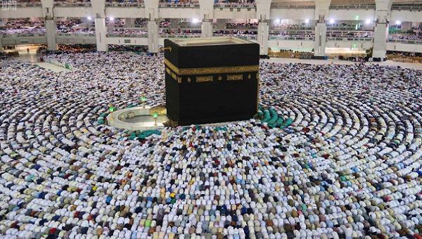 وزير الأوقاف يؤيد قرار السعودية بقصر الحج على أعداد محدودة