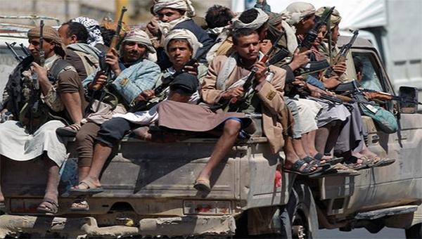 """مليشيا الحوثي تجدد قصفها المدفعي على مدينة """"حيس"""" غربي اليمن"""