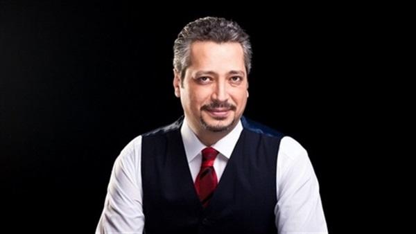 إيقاف تامر أمين ومنعه من ممارسة النشاط الإعلامي