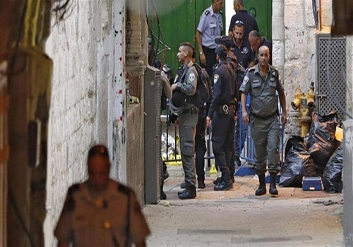 استشهاد وإصابة 3 فلسطينيين بعد طعن ضابط شرطة تابع للاحتلال الإسرائيلي بالقدس