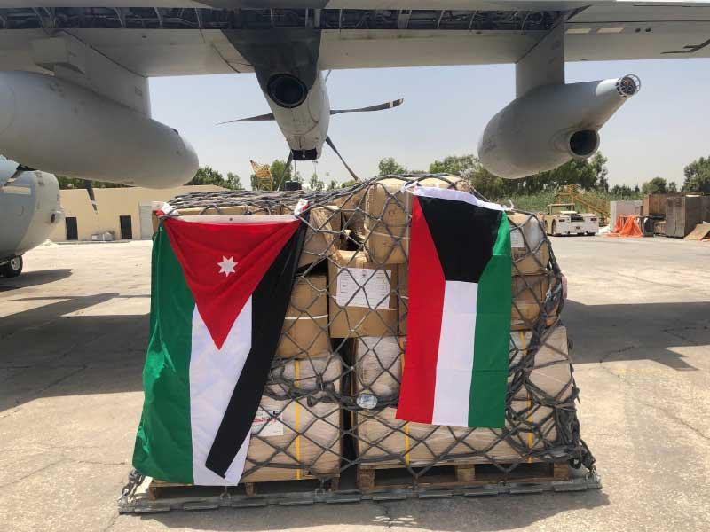 الكويت تعلن إقلاع طائرة الإغاثة الأولى المحملة بالمواد الإغاثية إلى السودان