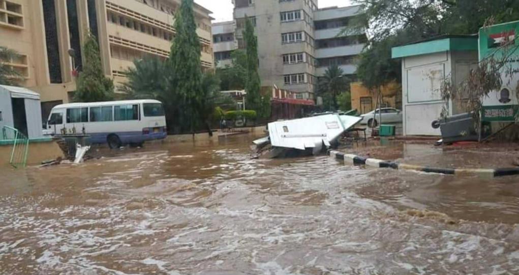 الأمم المتحدة : مصرع 54 شخصا وإتلاف 37 ألف منزل بسبب الفيضانات بالسودان
