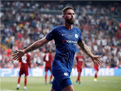 جيرو يسجل هدف التقدم لتشيلسي في ليفربول