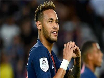 رسميًا.. نيمار يقرر البقاء مع باريس سان جيرمان