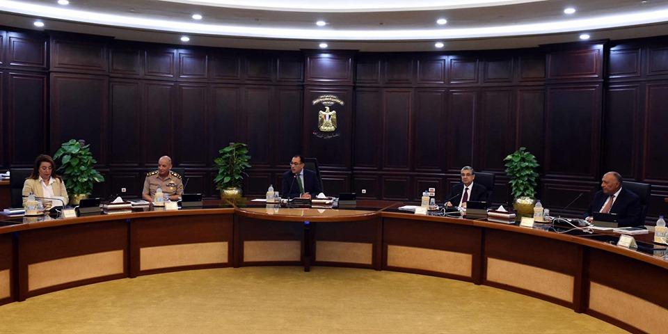 الحكومة توافق على توصيات لجنة تقنين اوضاع الكنائس