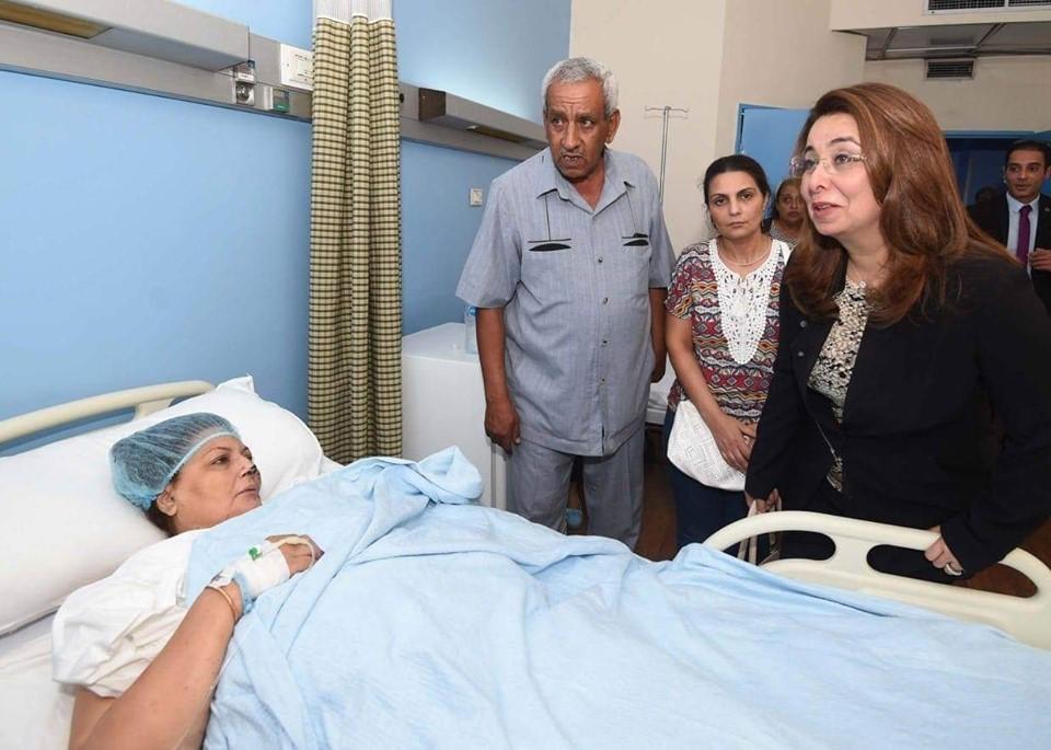وزيرة التضامن  : 5 ملايين جنيه من بنك ناصر لإعادة ترميم «معهد الأورام»