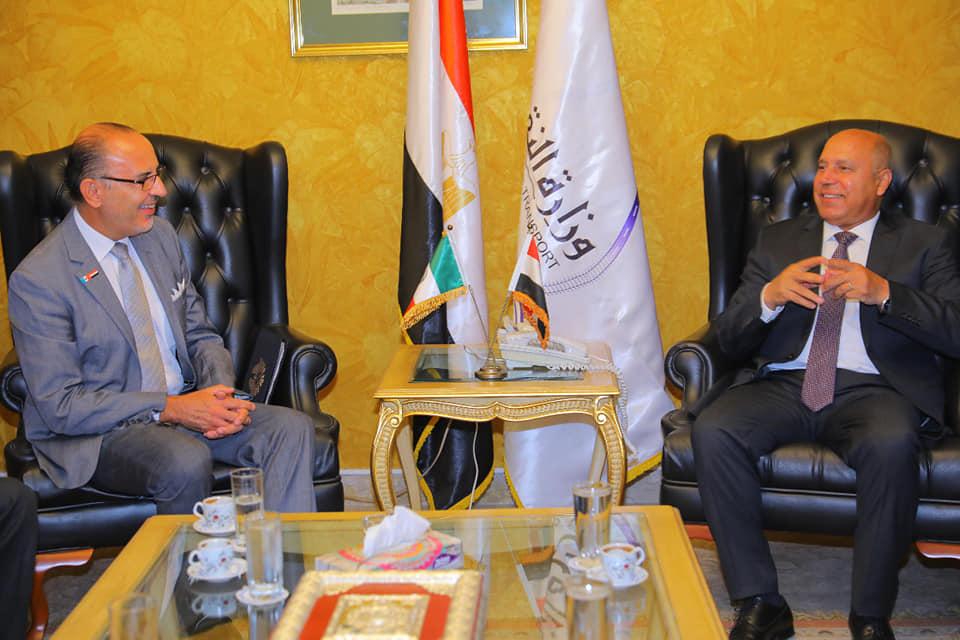 صور | وزير النقل يلتقي سفير المكسيك بالقاهرة لبحث سبل التعاون المشترك