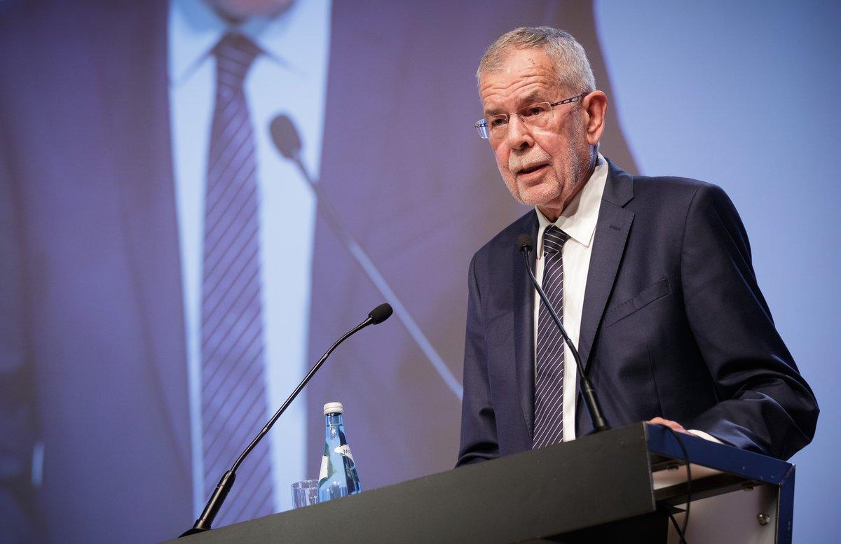 الرئيس النمساوي يحذر من مخاطر تغير المناخ ويدعو لإنقاذ اتفاق باريس