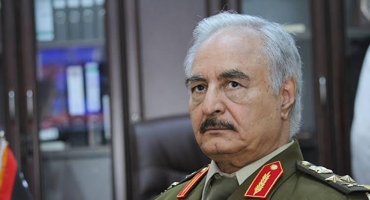 حكومة الوفاق الليبية تعلن استقالتها.. وتدعم الجيش بقيادة المشير خليفة حفتر