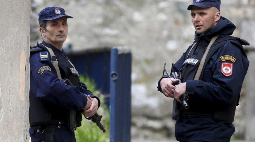 البوسنة: إصابة 18 مهاجرًا أثناء محاولتهم الدخول إلى الاتحاد الأوروبى