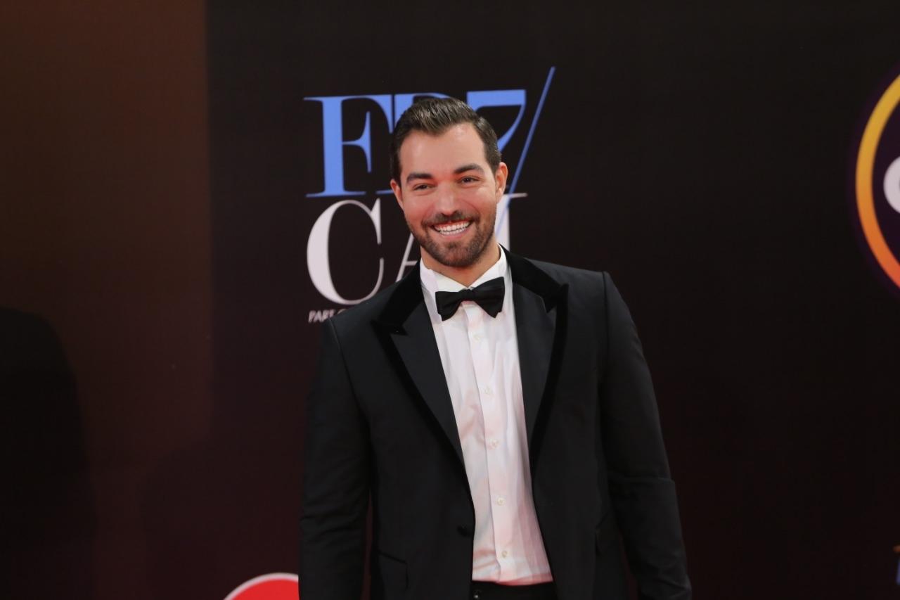 """باسل الزارو يقدم افتتاح وختام مهرجان """" الجونة السينمائي"""" أونلاين"""