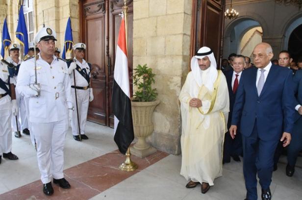 عبد العال يستقبل مرزوق الغانم3