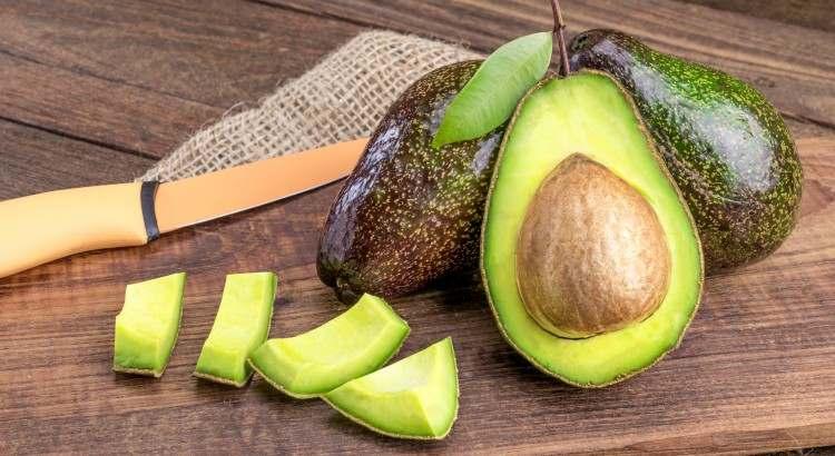 دراسة : إدراج الأفوكادو في النظام الغذائي اليومي يساعد في إنقاص الوزن