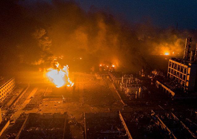 إندونيسيا : إصابة شرطي في انفجار بمستودع ذخائر يعود للحرب العالمية الثانية