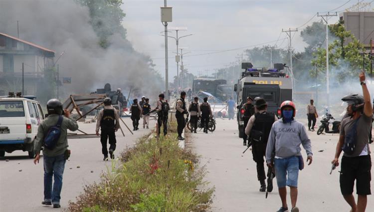 إندونيسيا: المظاهرات الطلابية سيطرت عليها مجموعة تهدف لتعطيل البرلمان